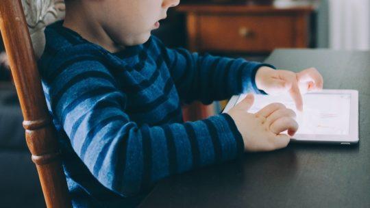 Comment limiter l'utilisation des appareils de vos enfants ?