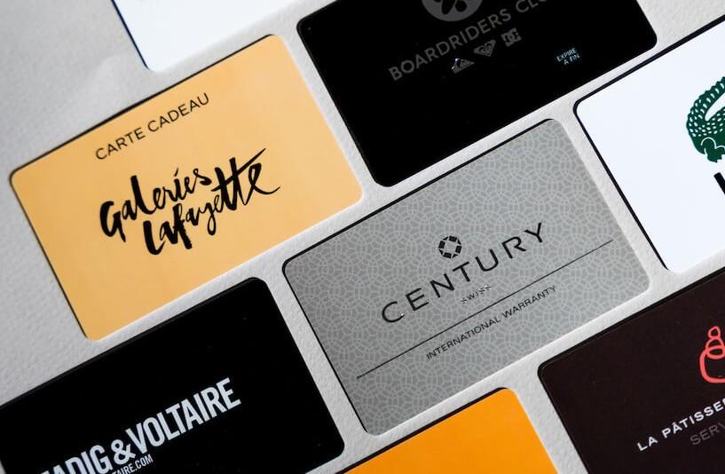Adoptez les cartes personnalisées comme support de communication